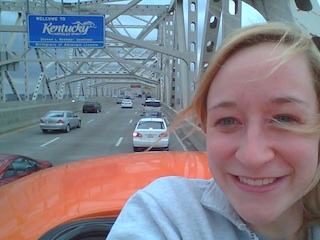 I try to get my picture at every state sign, but these bridge borders never work out. Traffic was so slow I just popped out the bun roof!